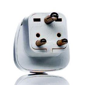 adaptateur prise secteur rue des piles utilisez et rechargez vos appareils a l eacu. Black Bedroom Furniture Sets. Home Design Ideas